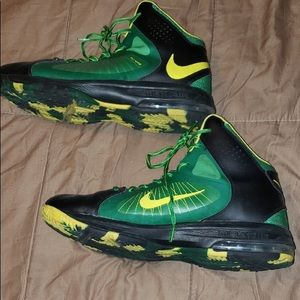 new style e49c4 b68f7 Nike Shoes - NIKE AIR MAX ACTUALIZER 2 FLYWIRE OREGON